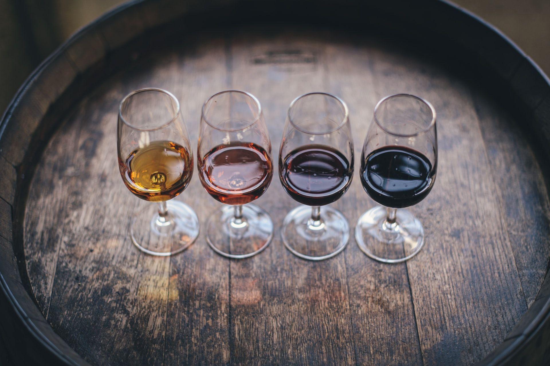 wine glasses on a barrel, rote memorization