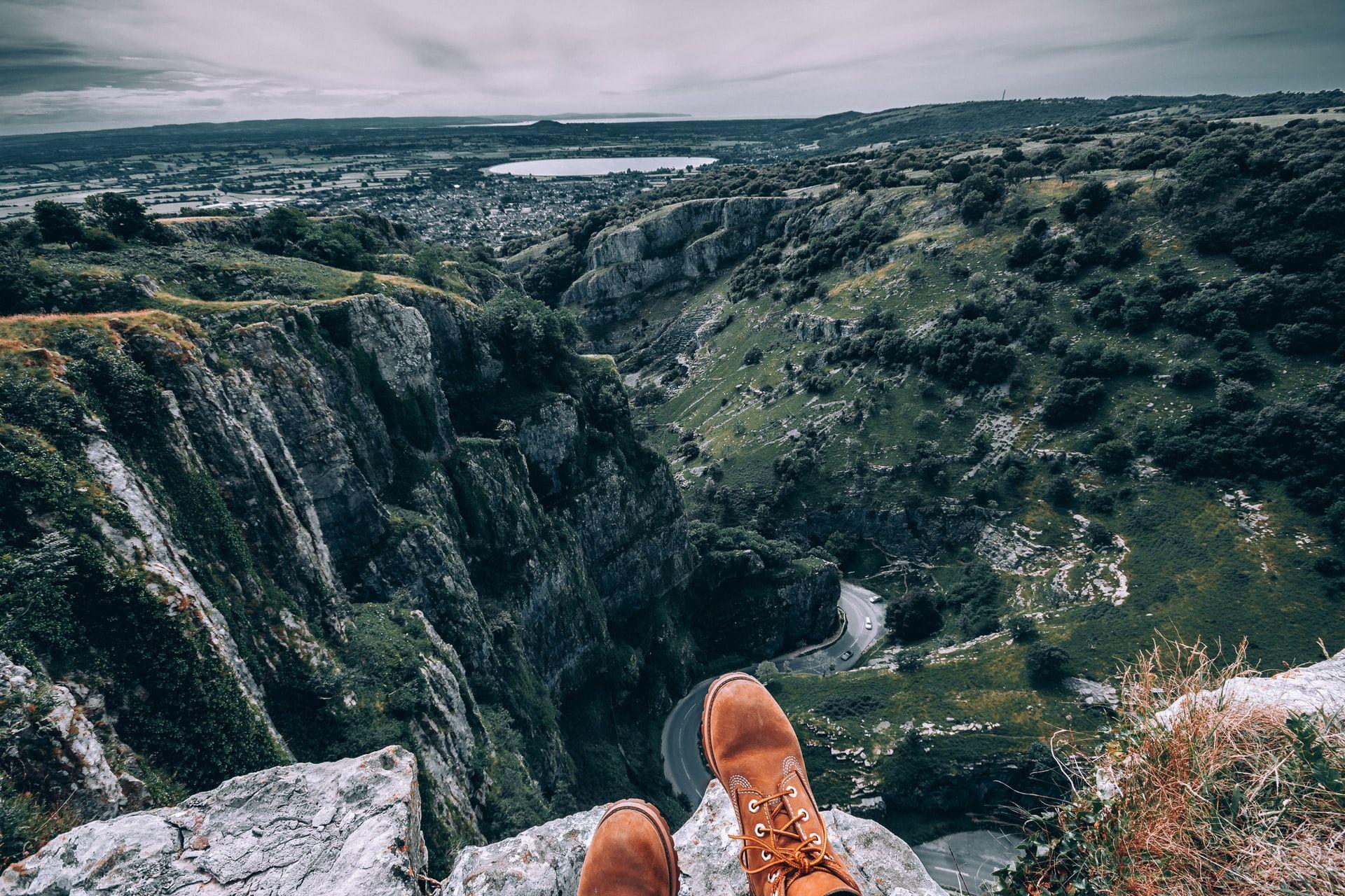 Feet dangling off the cliffs